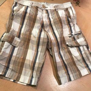 Levi's Silvertab 33 plaid cargo shorts